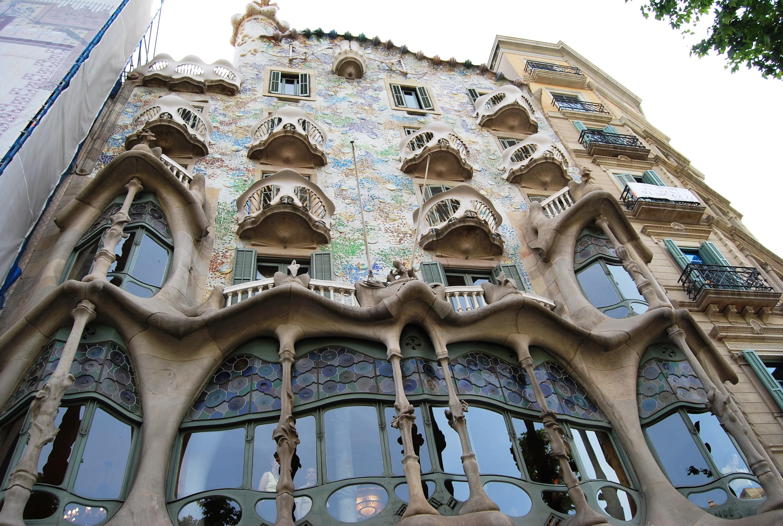 Top barcelona gratuito quatro cantos do mundo - Casas de gaudi ...