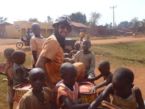 Viajar e se aventurar é uma necessidade para muitos de nós  (Jinja – Uganda)