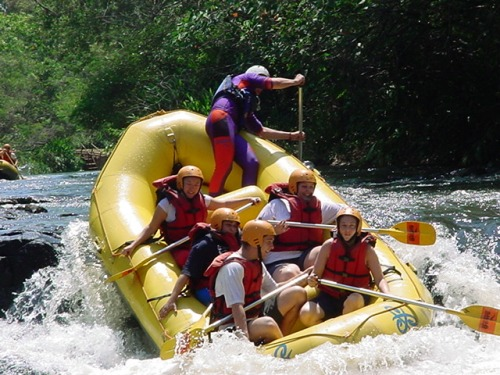 Eu nem tenho medo do jacaré mas mesmo assim não me deixaram brincar de rafting