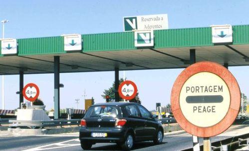 Nosso pedágio e a portagem do portugueses