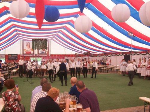 Centro de exposições durante o Festival da Cerveja