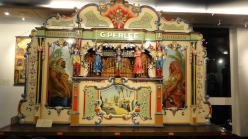Órgão no museu dos órgão em Utrecht