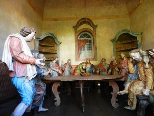 A tradicional ceia com os apóstolos