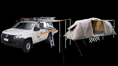 Campervan 4WD com barraca ao lado