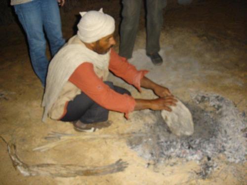Pão quentinho saindo do forno