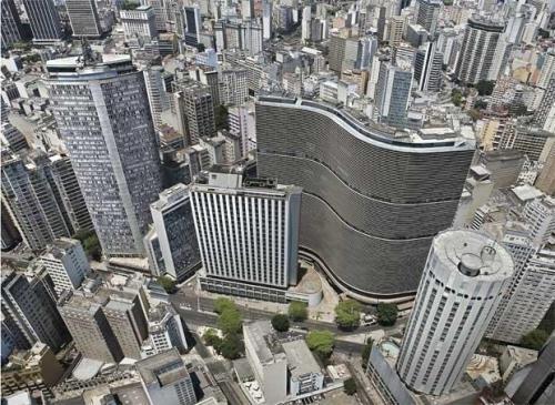 Copan: uma onda num mar de prédios em São Paulo
