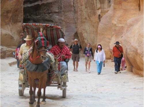 Carroças perambulando por Petra