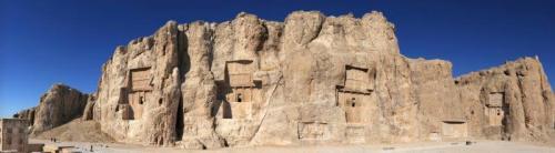 Antigo cemitério de Naqsh e Rostam en Shiraz