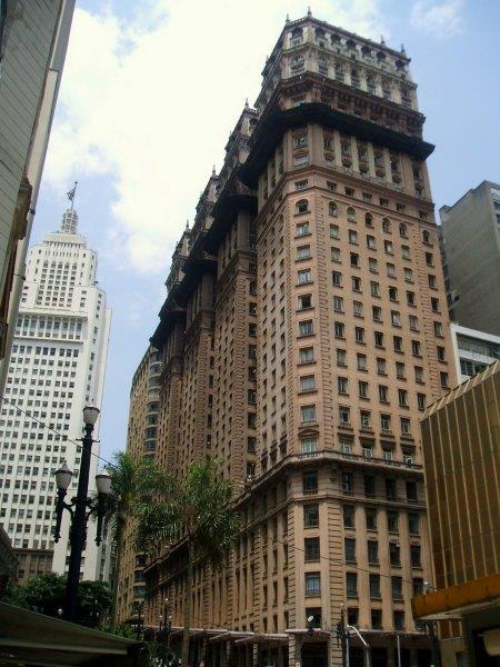 Martinelli o edifíco mais polêmico de São Paulo vale uma visita