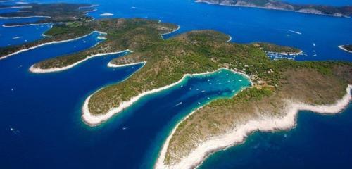 A estonteante ilha de Hvar