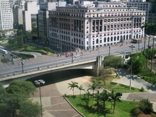 O viaduto mais antigo da cidade