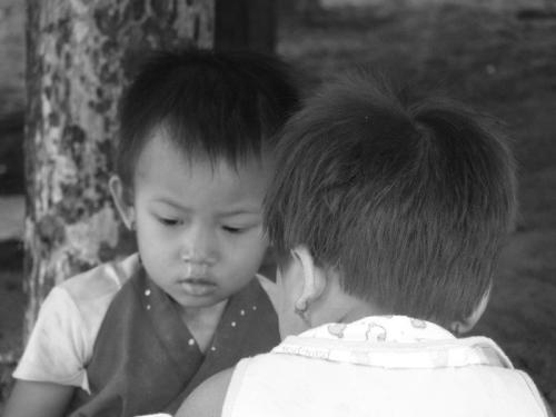 Crianças de Tribos Tailândia13