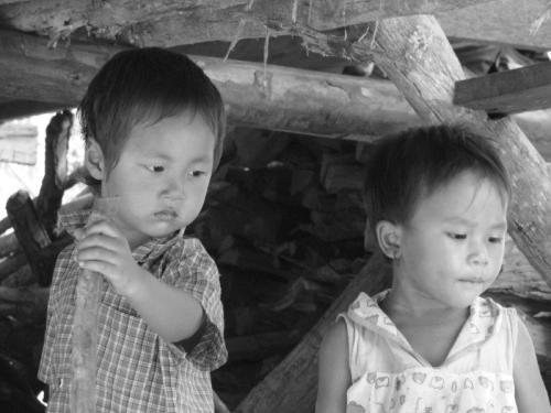 Crianças de Tribos Tailândia16