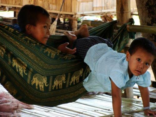 Crianças de Tribos Tailândia3