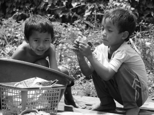 Crianças de Tribos Tailândia33
