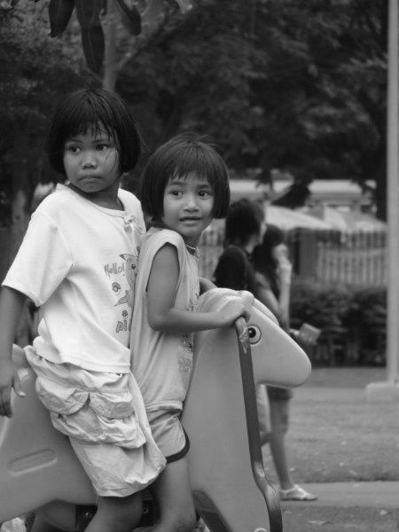 Crianças no parque13
