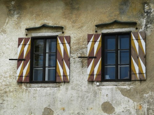 Charmosas janelas do castelo