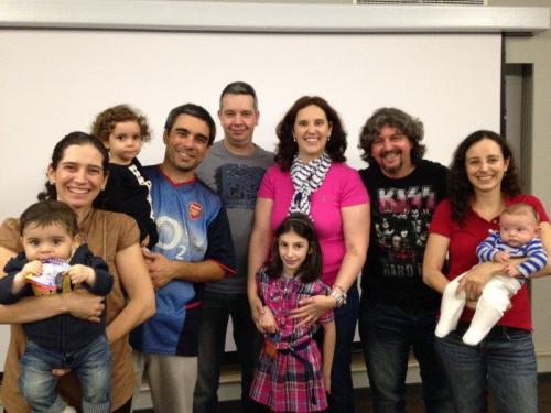 Família Quatro Cantos do Mundo com Andrezza, Alex e Luna