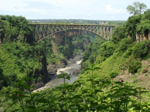 A ponte é esta ai