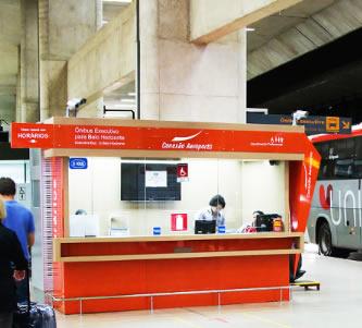 Guichê do Conexão Aeroporto em Confins