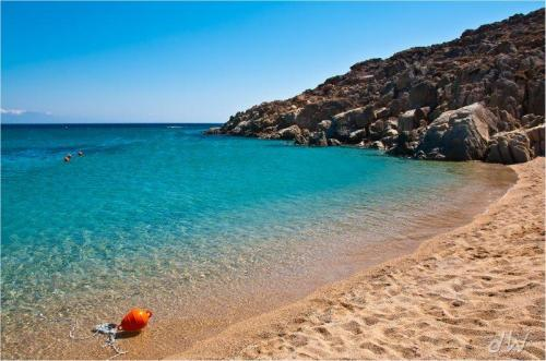 Praia de Agrari em Mykonos