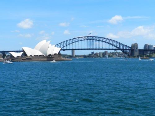 Onipotente e onipresente na baía de Sydney