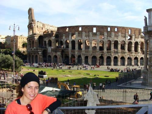 Difícil caber na foto este Coliseu