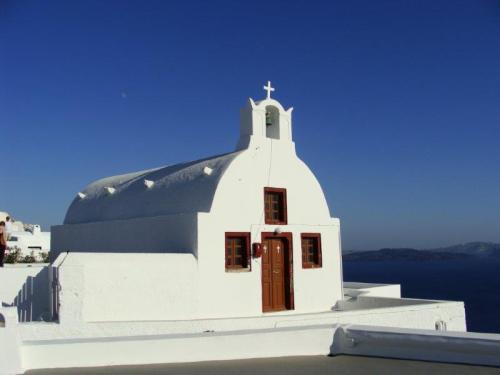 nas casas ou nas igrejas como esta