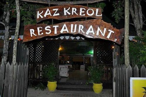 Comemos uma pizza bastante digna no Kaz Kreol
