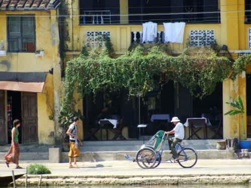 Bicicleta típica do Vietnã usada para transporte de pessoas