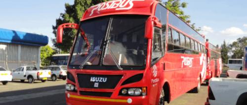 Ônibus da Post Bus que tem reputação de ser a melhor empresa. Aparentemente são iguais