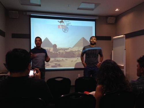 Douglas e Cácio iniciando a apresentação