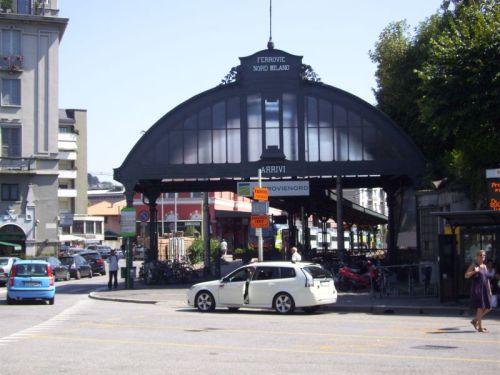 Saída da estação Como Lago Nord
