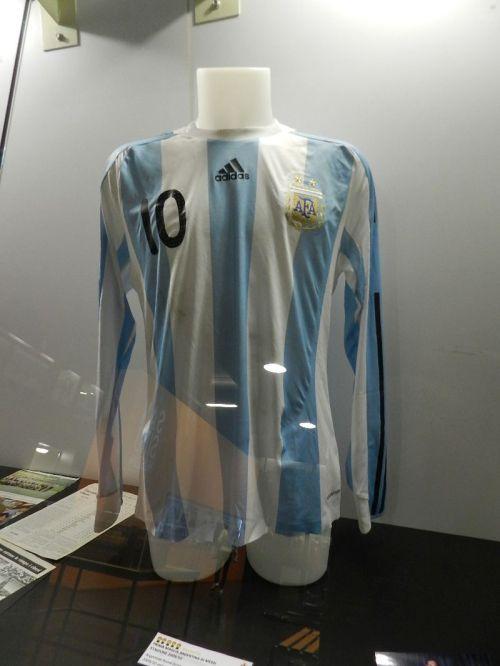 A dez de Messi não poderia faltar